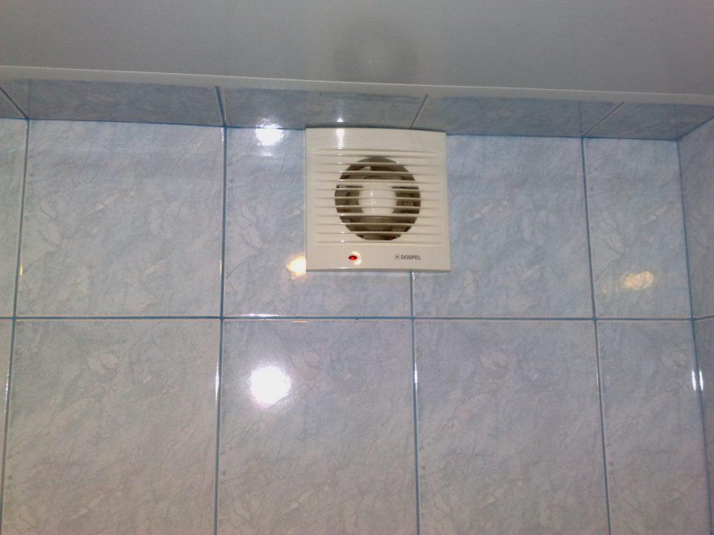 Даже установка самого простого вентилятора требует соблюдение действующих норм электробезопасности