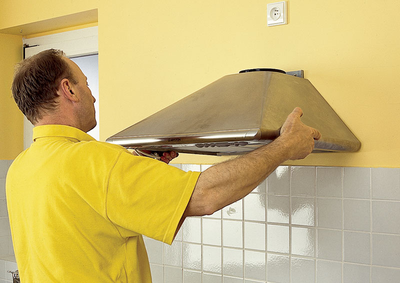 Вытяжка значительно улучшает микроклимат в доме