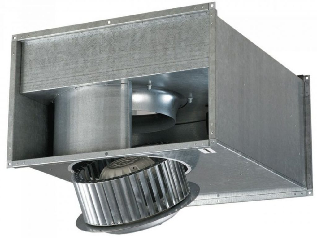 В квадратном воздуховоде может монтироваться круглый вентилятор