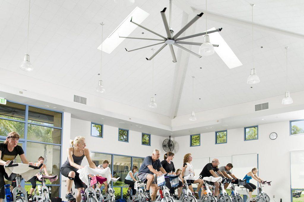 Вентиляция в спортзале обеспечивает нормальную температуру и влажность