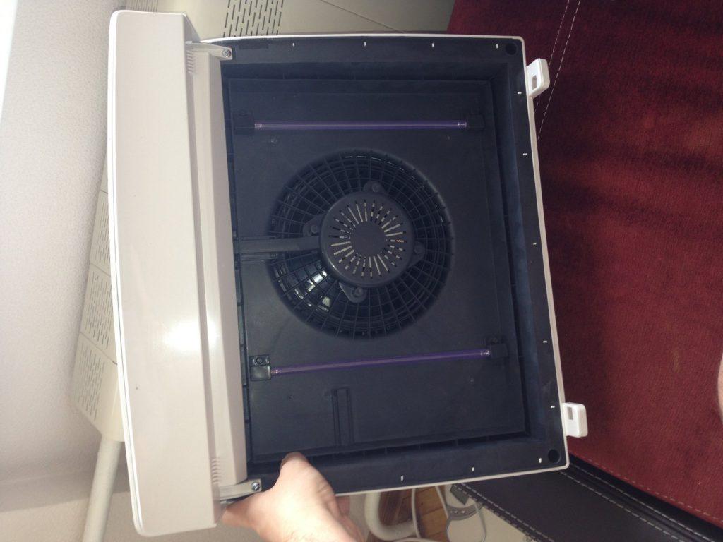 Ионизатор может входить в конструкцию очистителя воздуха